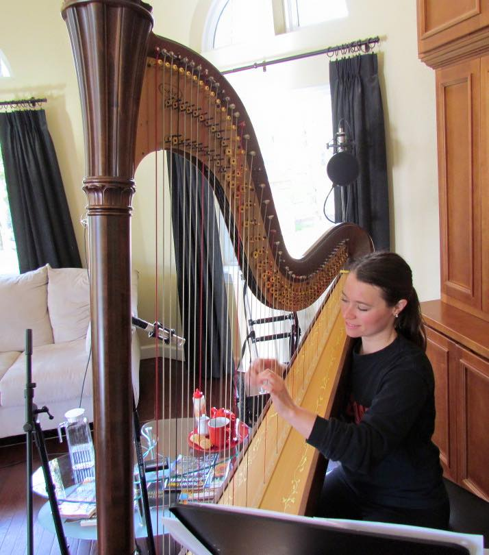 Harpist Chelsea tracking at Fountain Square House